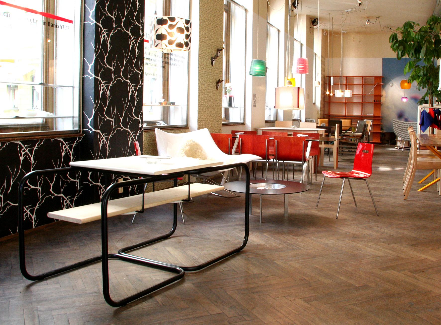 Das Moebel Cafe 3to2.jpeg