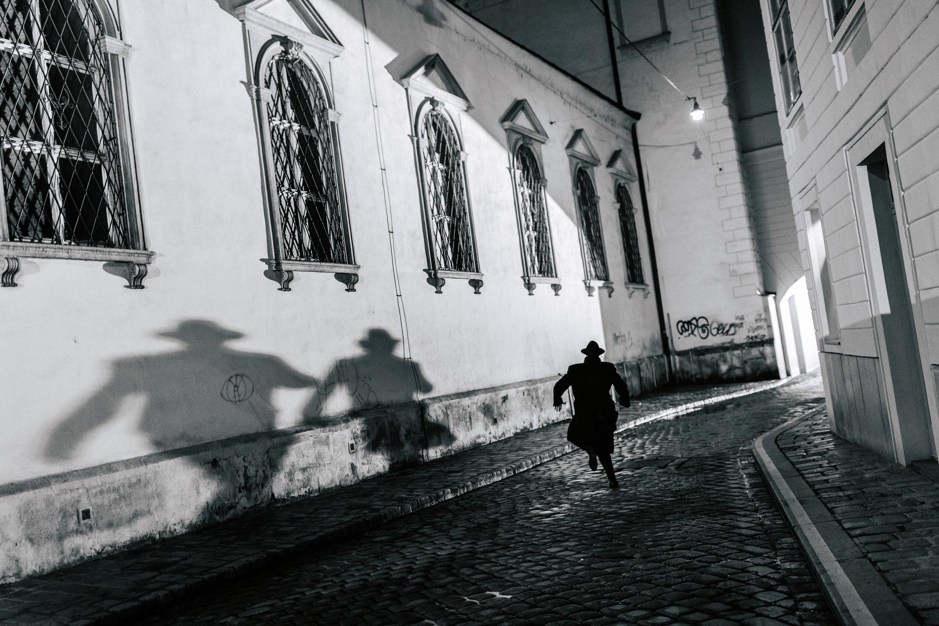 Schatten datiert amy