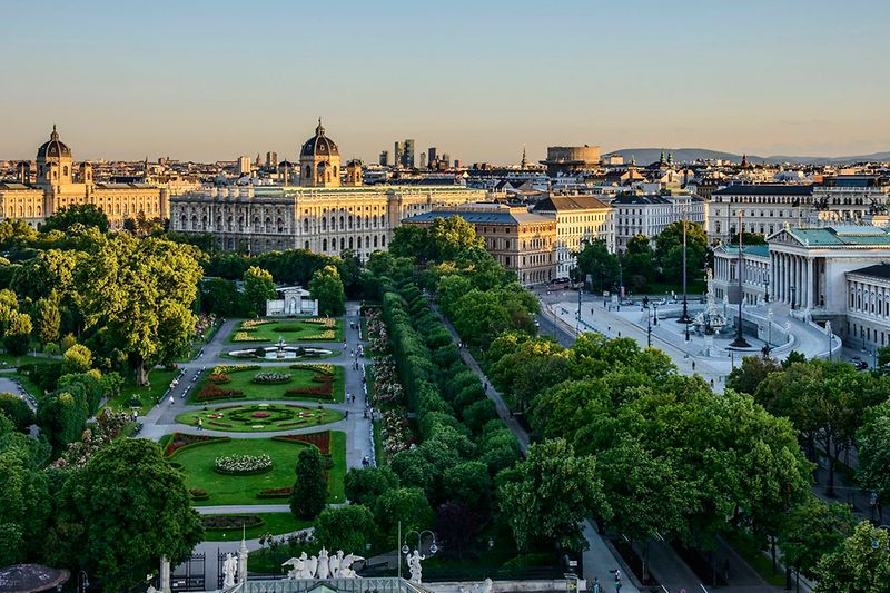 View of Volksgarten, Museums and Parliament