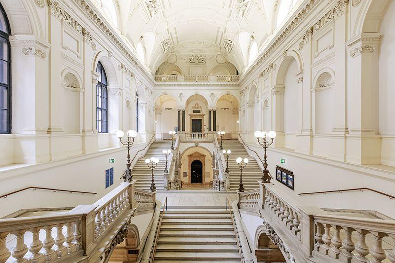 Philosophenstiege in der Hauptuniversität Wien
