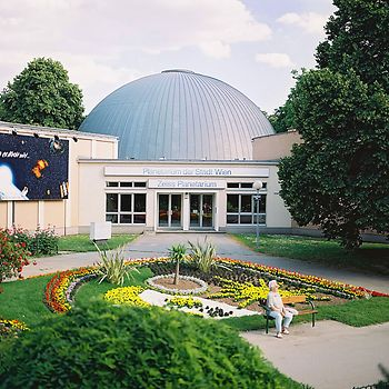 Exterior shot of Vienna Planetarium in the Prater